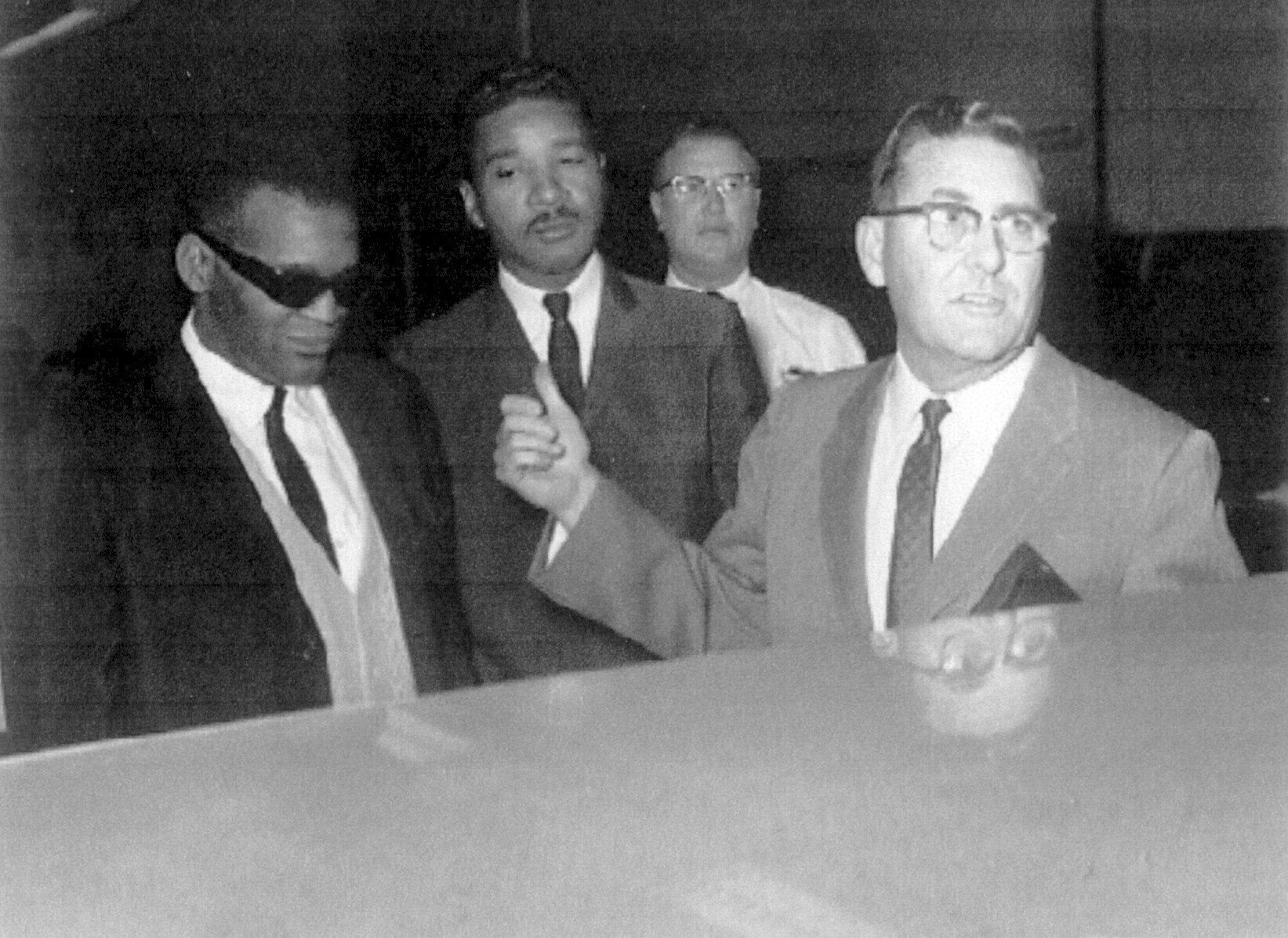 Ray Charles Video Museum: Ray Charles Arrested For Drugs ...